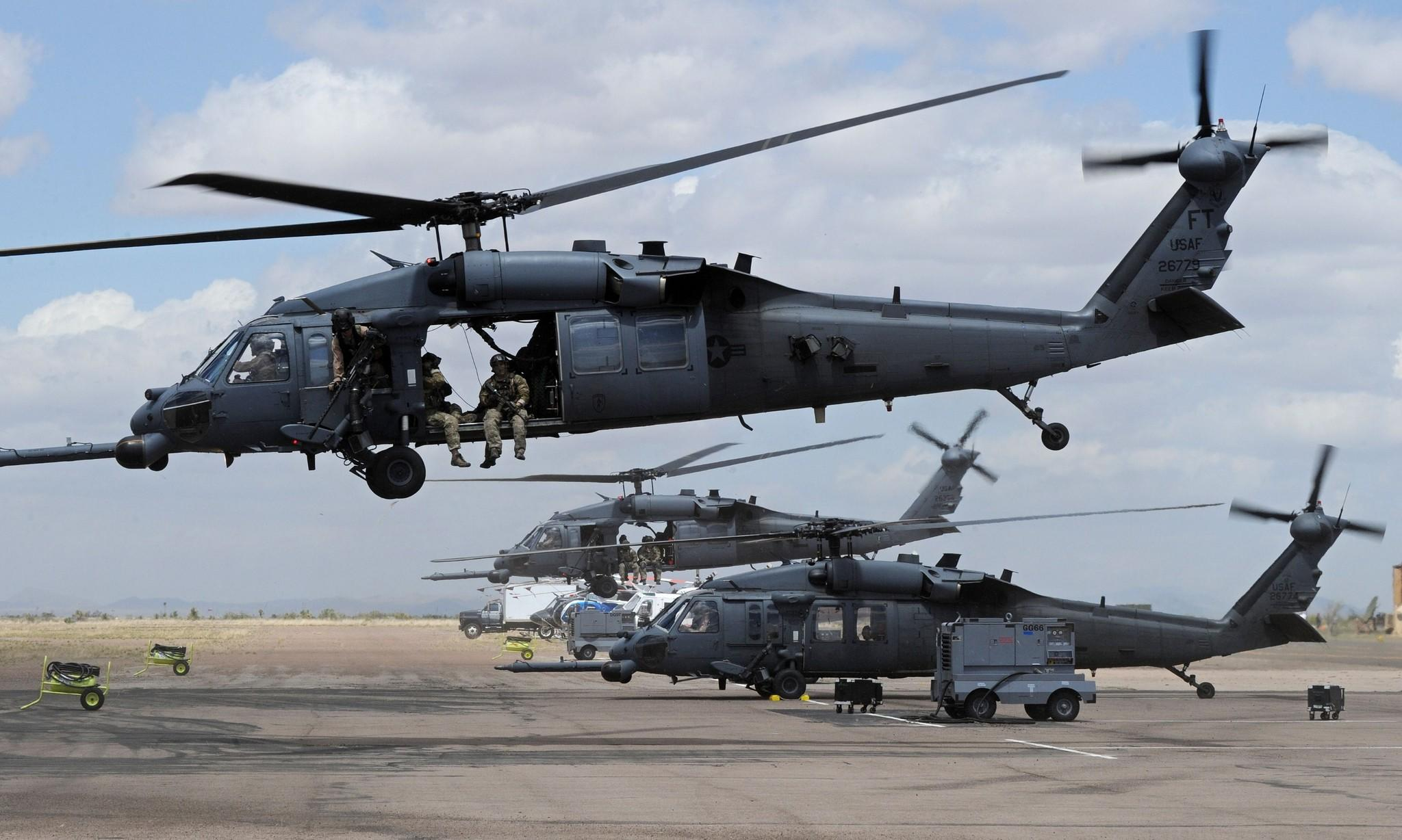 Elicottero Stealth : U s air force helicopter crashes on britain eastern