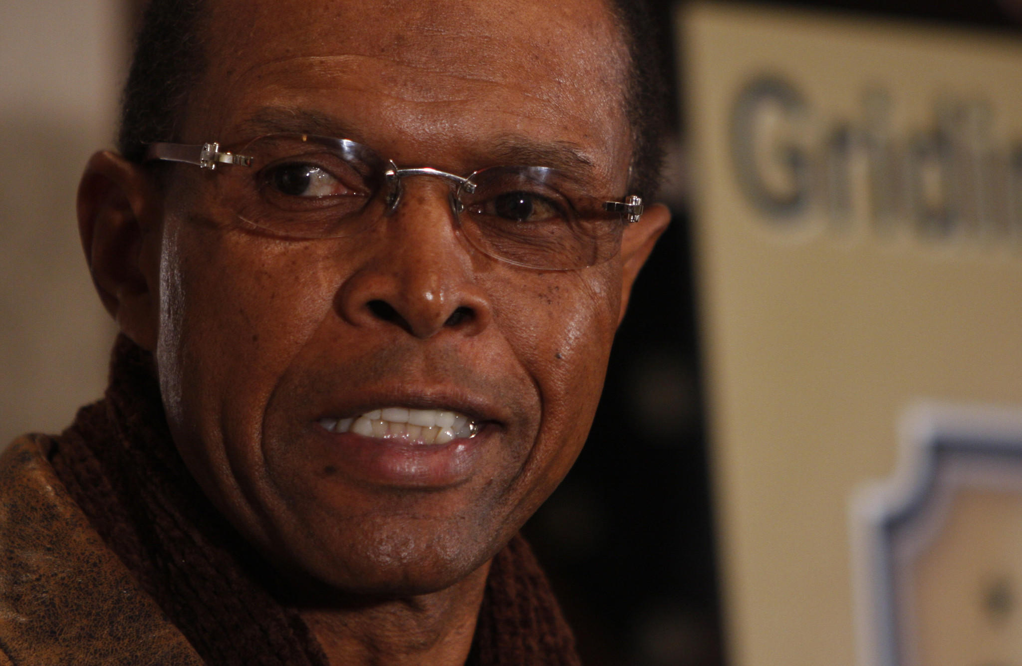 Gale Sayers during a 2007 press conference.
