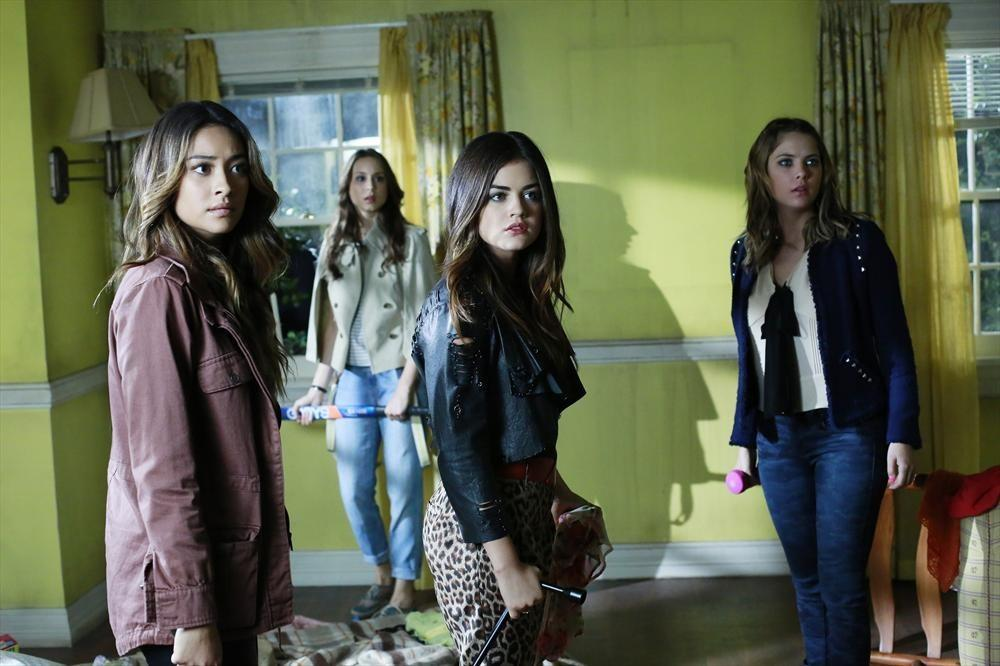 "Aria, Emily, Hanna and Spencer must decide if new information about Ali is true on ""Pretty Little Liars."""