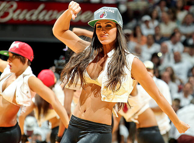 <b>Photos:</b> Miami Heat Dancers in action - Heat dancer