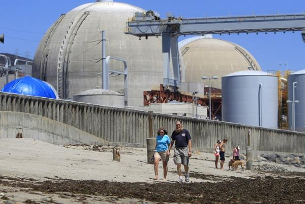 Beach-goers near San Onofre