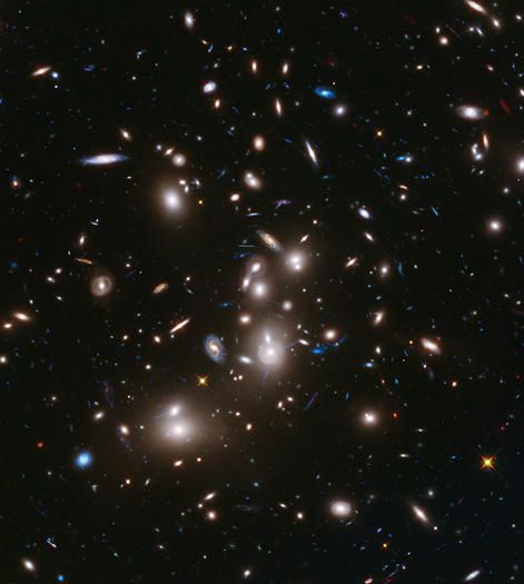 Hubble takes awe-inspiring images of ancient galaxies 525