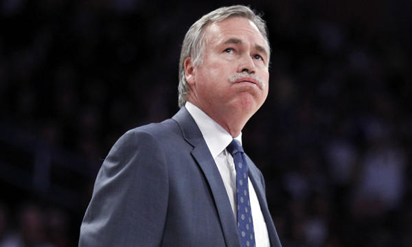 Lakers Coach Mike D'Antoni looks at the scoreboard during a loss to the Milwaukee Bucks on Dec. 31.