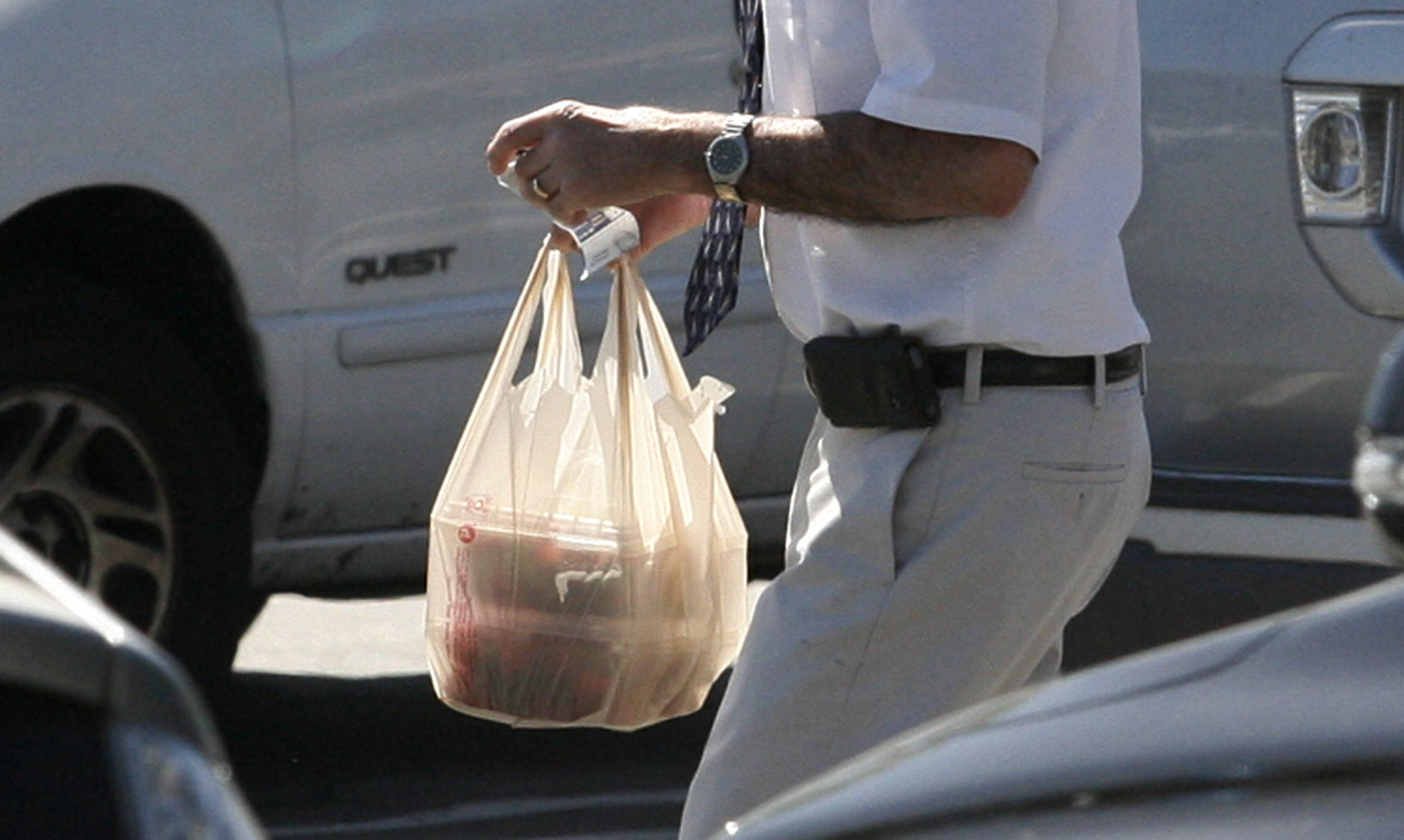 Plastic bags are not banned in La Cañada Flintridge, though the local Ralphs store, pictured on Tuesday, April 16, 2013, is no longer offering them to customers.