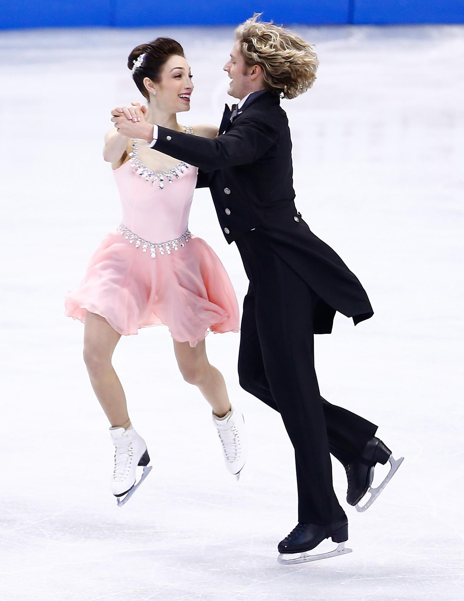 Meryl Davis and Charlie White winning Friday's short dance at the U.S. Championships.