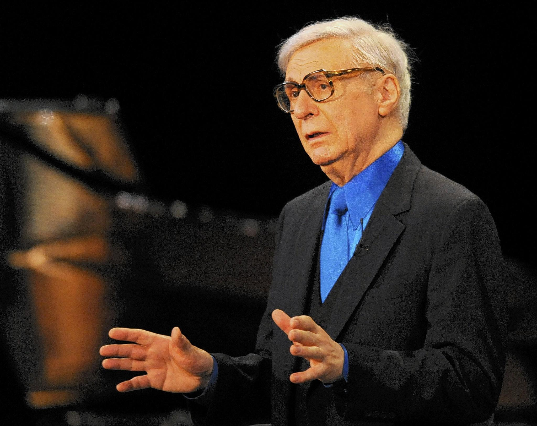 The Amazing Kreskin has some bleak predictions for 2014.
