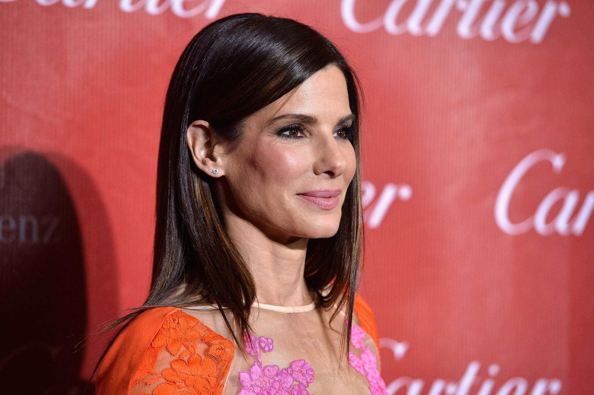 Actress Sandra Bullock arrives at the 25th Annual Palm Springs International Film Festival Awards Gala at Palm Springs Convention Center