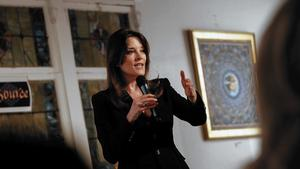 Marianne Williamson's spiritual path into political realm