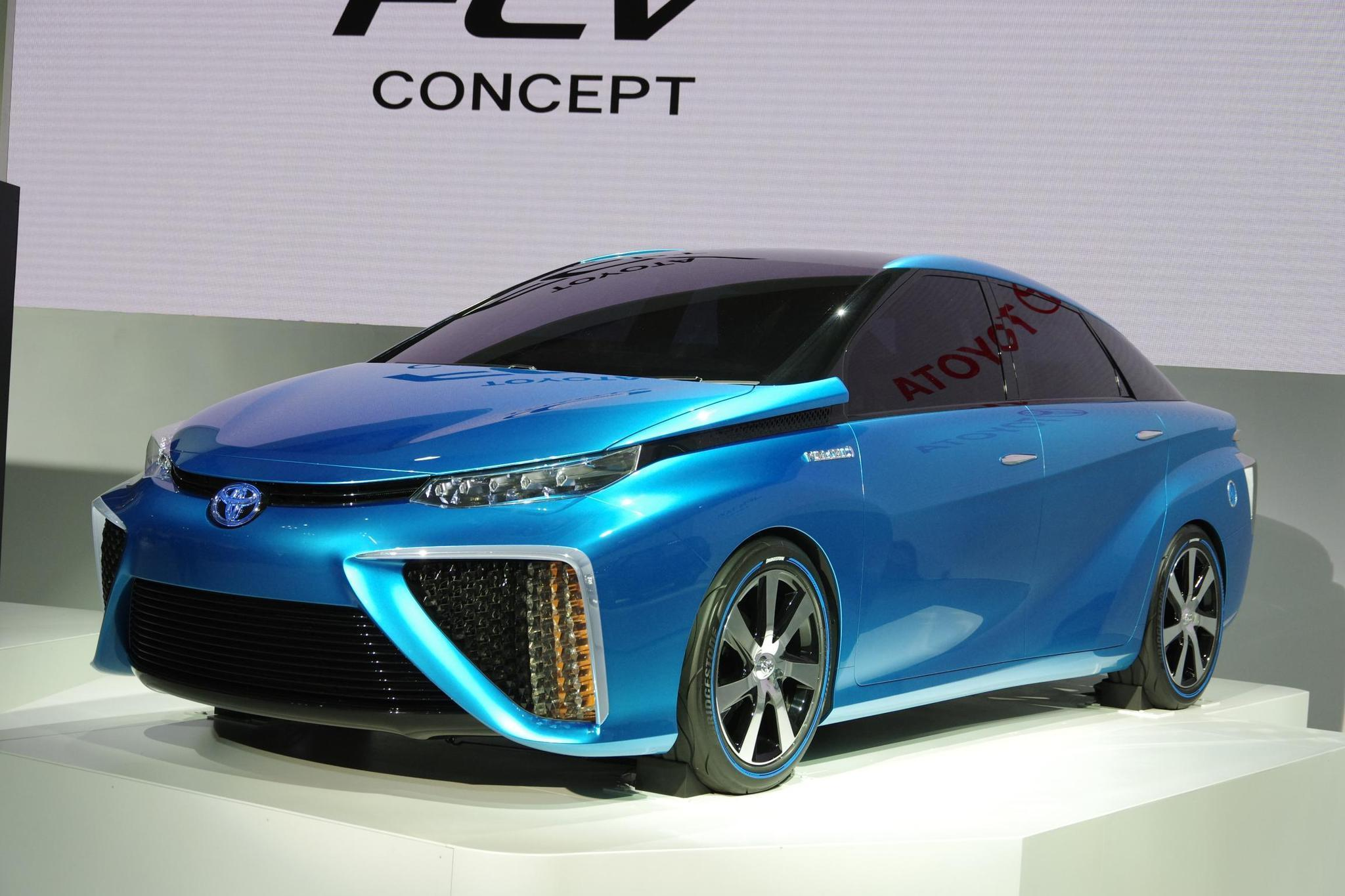 Toyota has been showing off its fuel cell concept vehicle at the international auto show circuit. The FCV is set for production and sale in 2015.