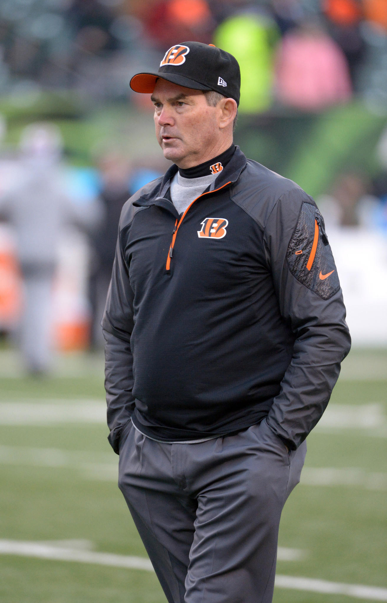 Cincinnati Bengals defensive coordinator Mike Zimmer before the 2013 AFC wild card playoff football game against the San Diego Chargers.