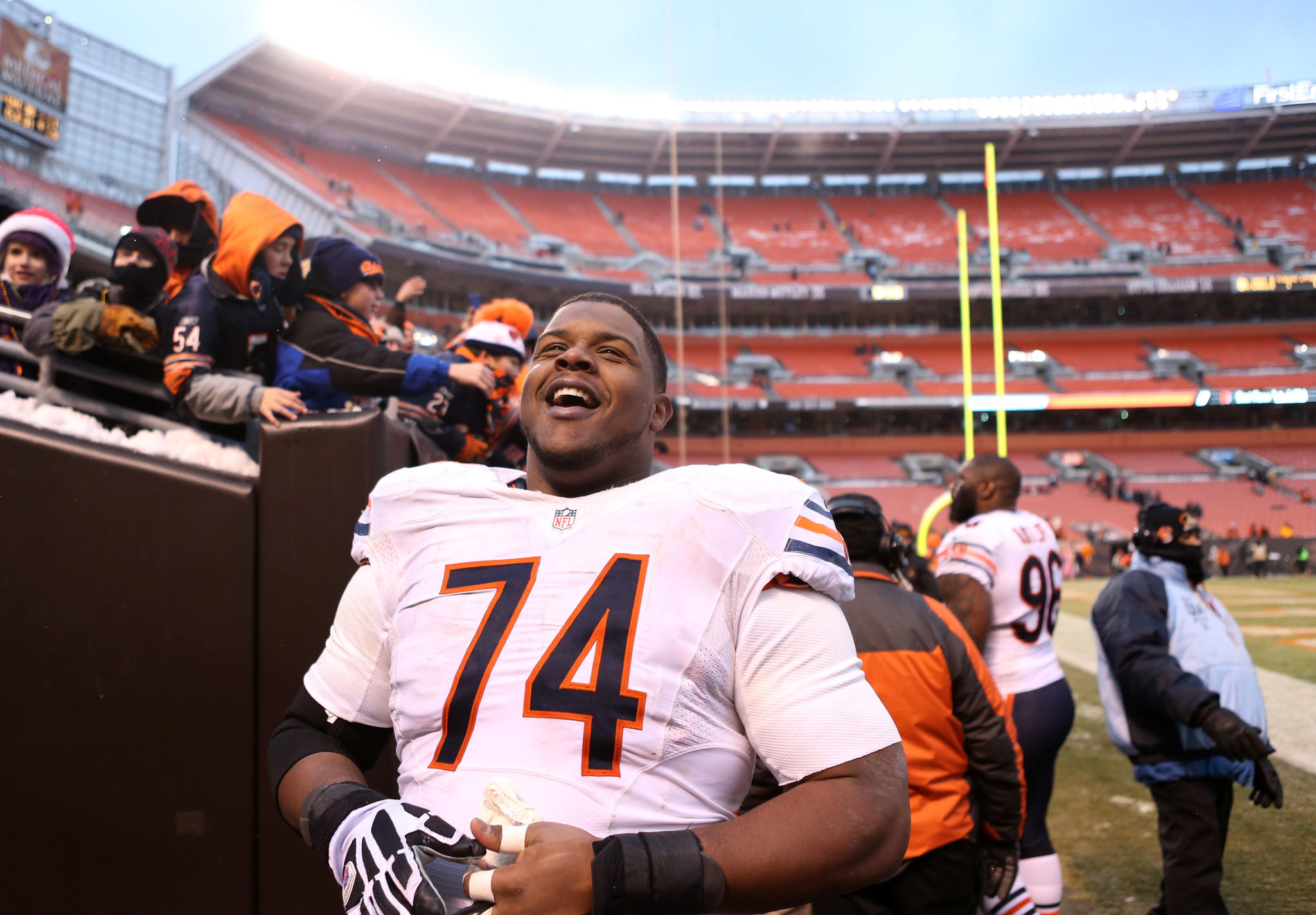 Chicago Bears tackle Jermon Bushrod (74) has a laugh with fans after beating the Cleveland Brows at FirstEnergy Stadium in Cleveland.