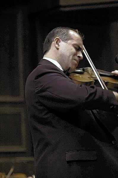 Violinist Konstantin Dimitrov.
