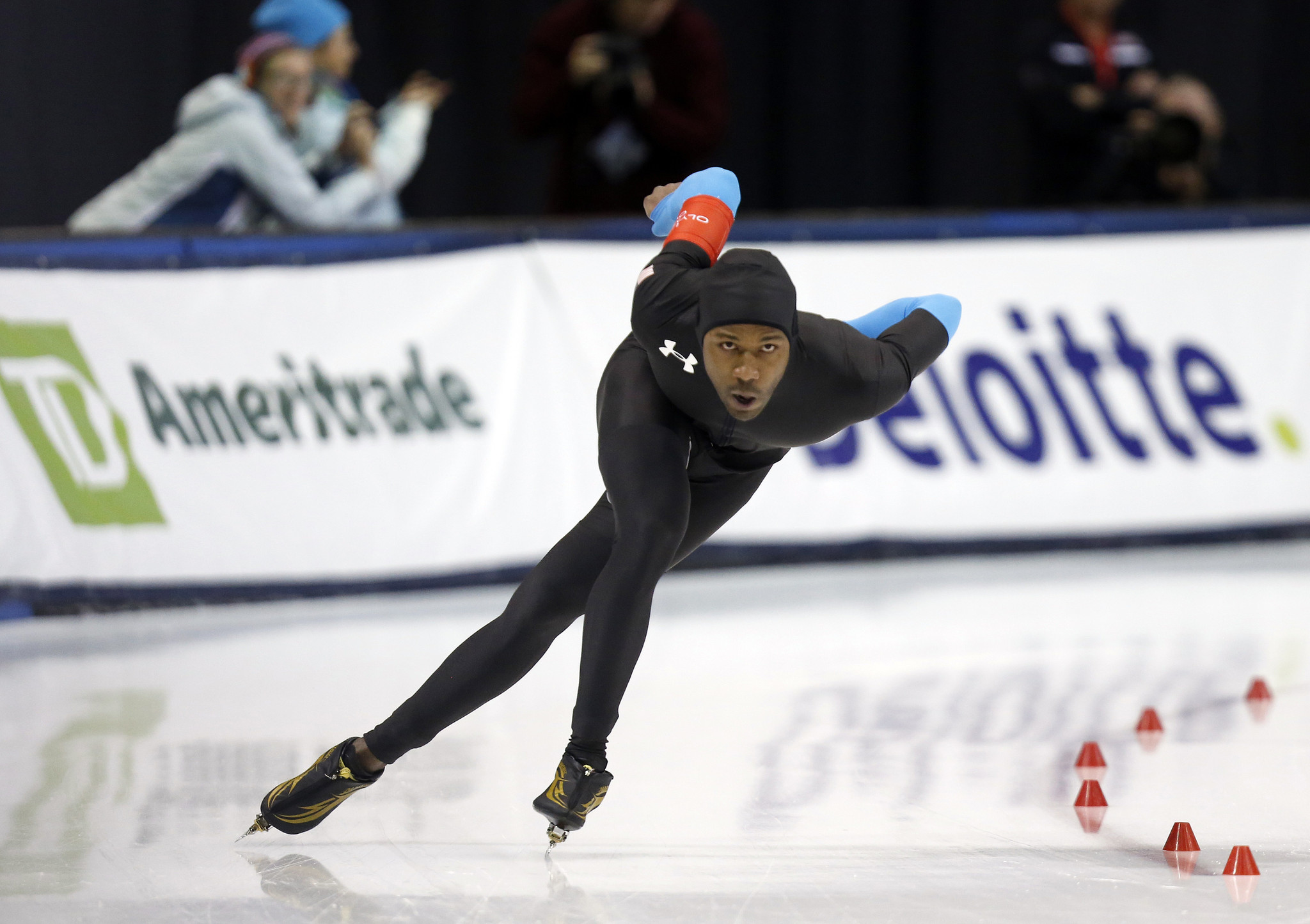 Will new suit will revolutionize speedskating? - Hoy