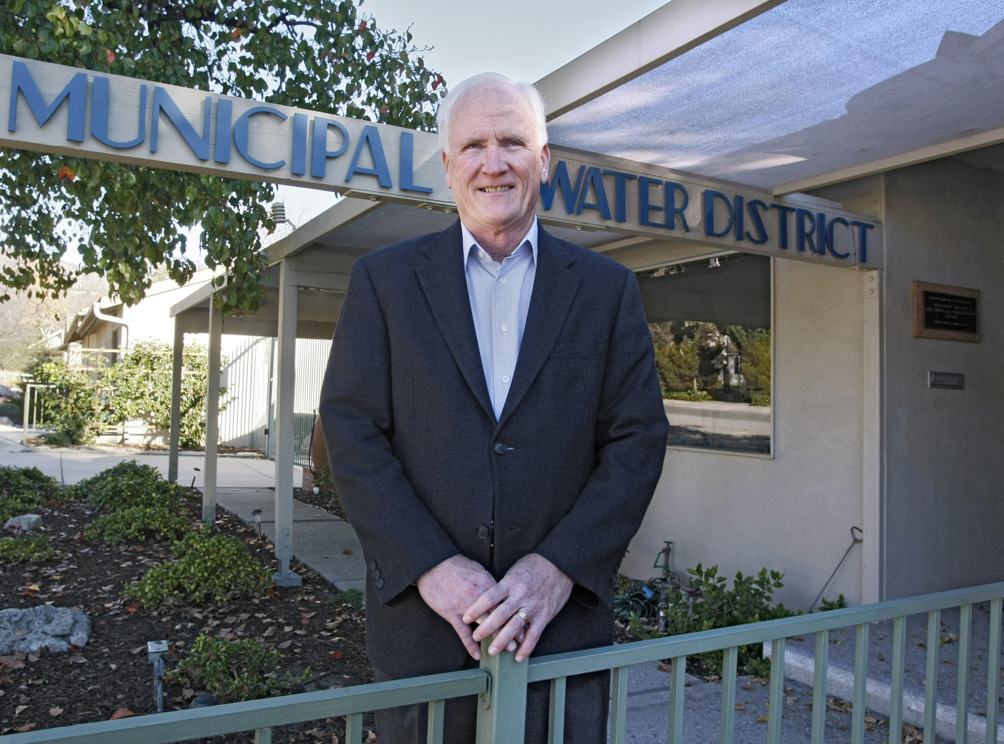 Foothill Municipal Water District board president Richard Atwater in front of the district's office in La Cañada Flintridge on Wednesday, Jan. 15, 2014.