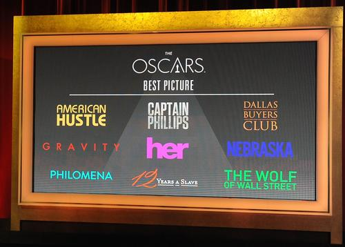 "Four years ago, the Oscar race came down to a dazzling 3-D technological marvel (""Avatar"") versus a harsh but beautifully realized slice of dramatic history (""The Hurt Locker""). This year's race reveals a similar dynamic between ""Gravity"" and ""12 Years a Slave."" But it's ""American Hustle"" - which has fun and crazy hair on its side - that may have the best shot.