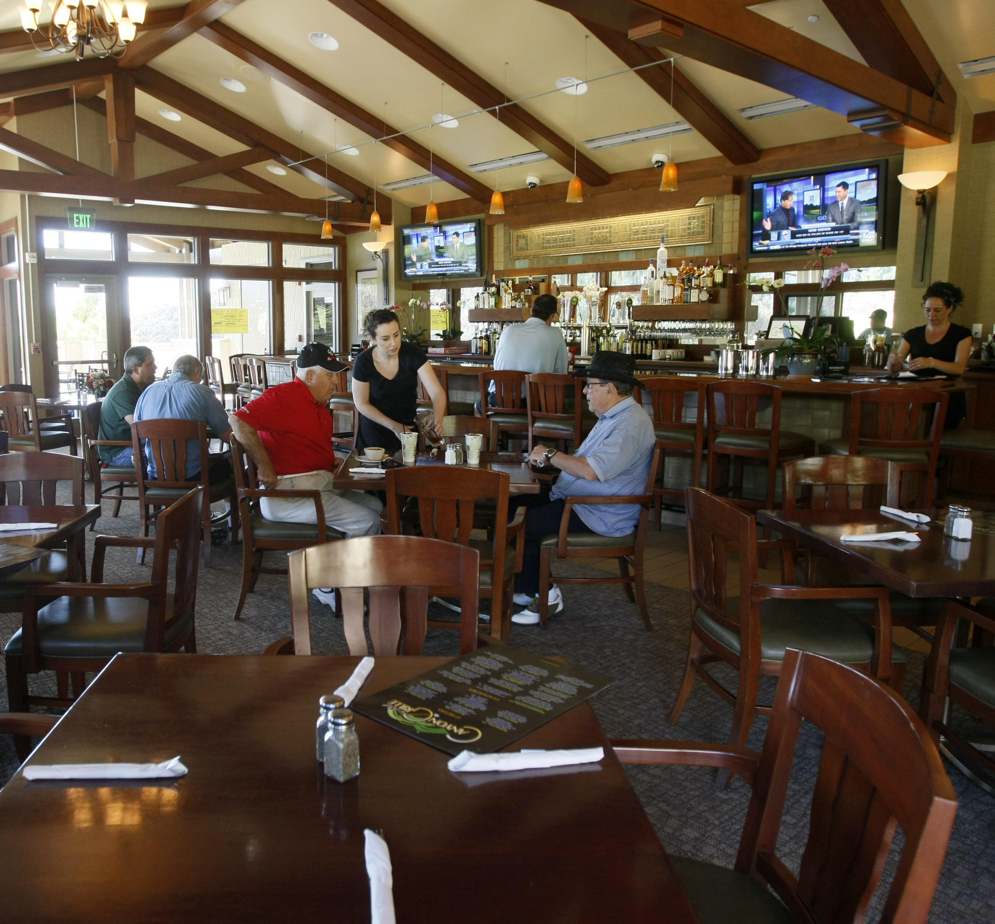 Canyon Grille, the new eatery at the DeBell at DeBell Golf Club in Burbank, opened to diners on Monday. The eatery is pictured on Friday, January 17, 2014. (Raul Roa/Staff Photographer)