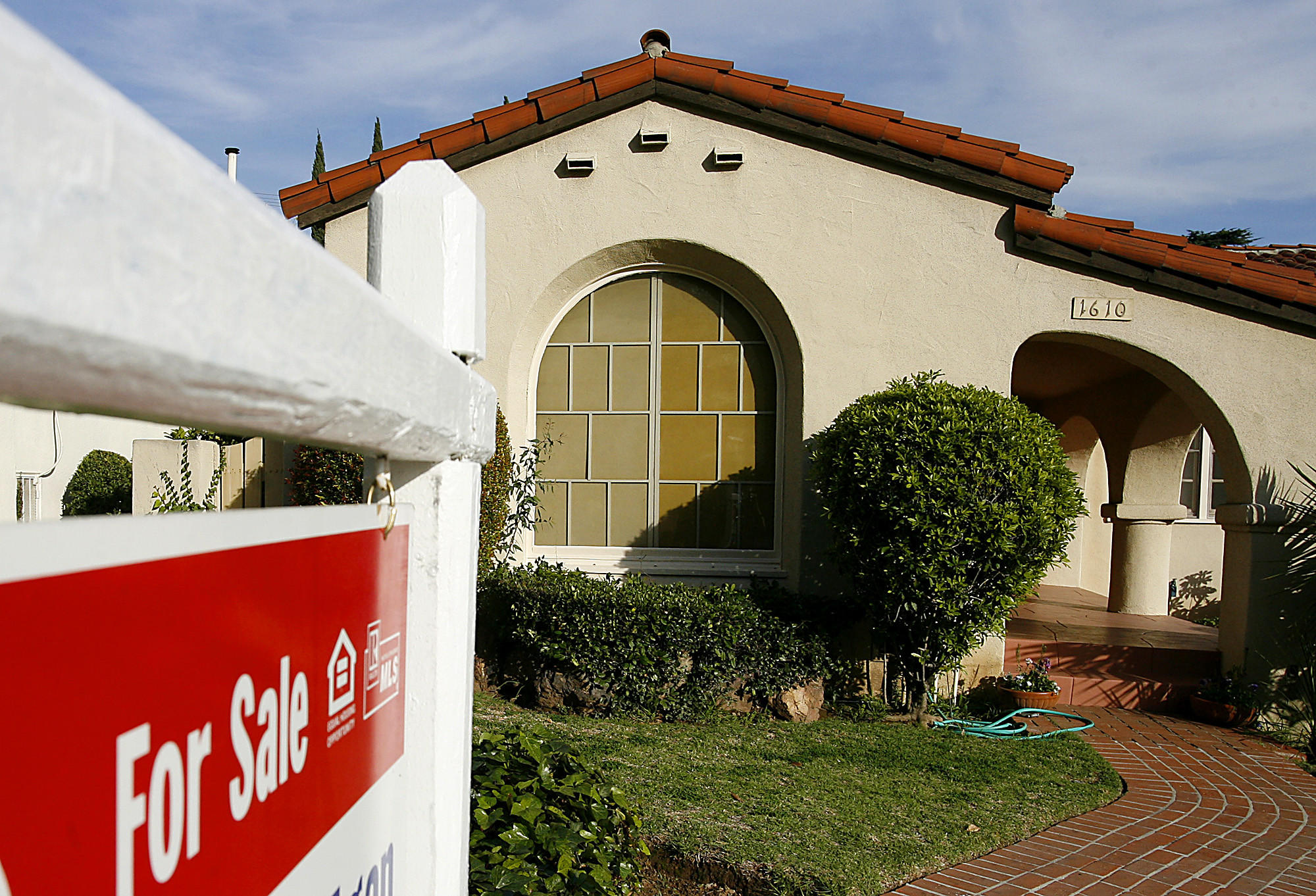 A house for sale is seen in Glendale Friday February 20, 2009.