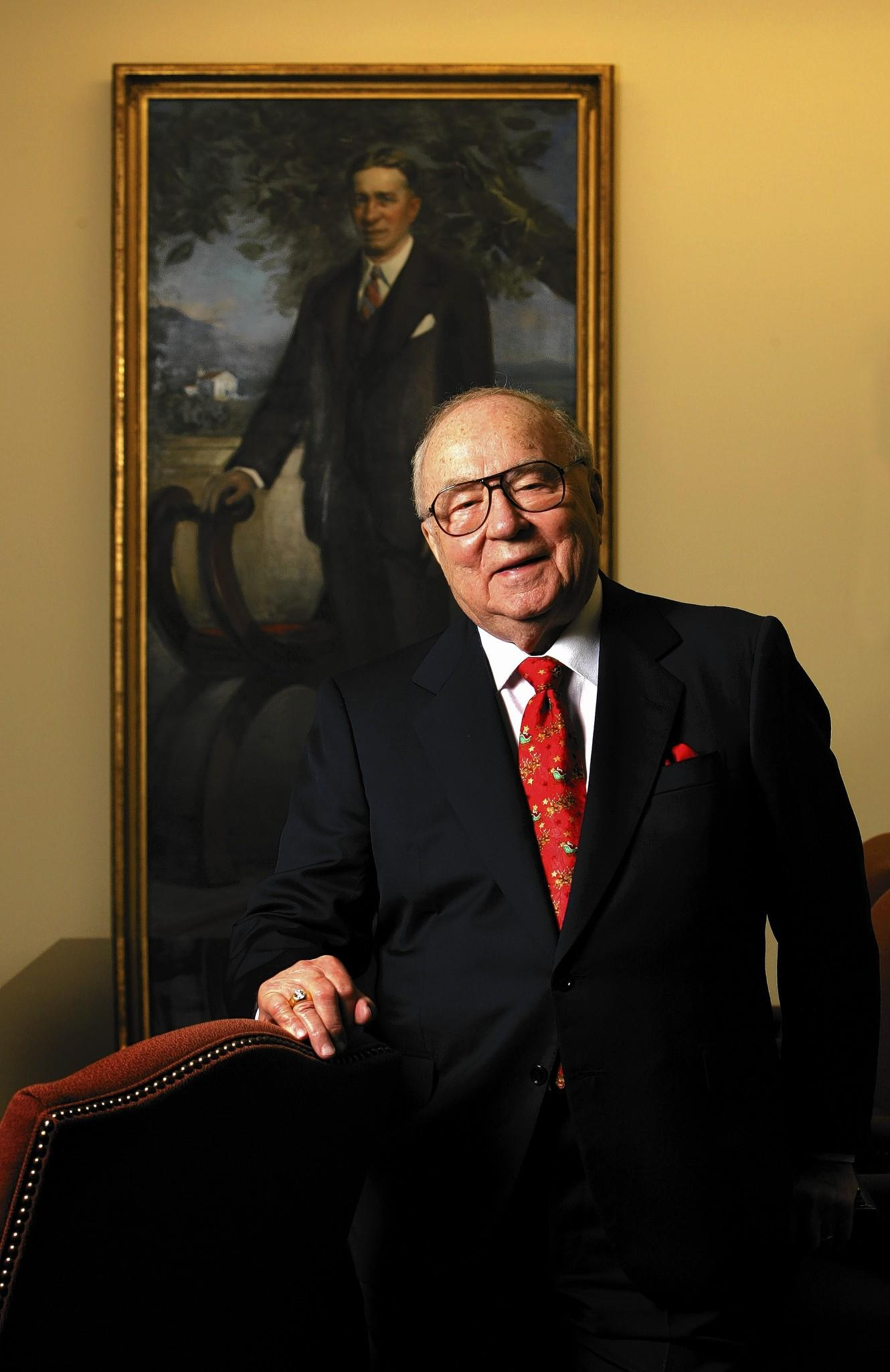 Portrait of Jeno Paulucci, founder of Michelina's Inc frozen foods and creator of Heathrow, Friday, December 15, 2006.