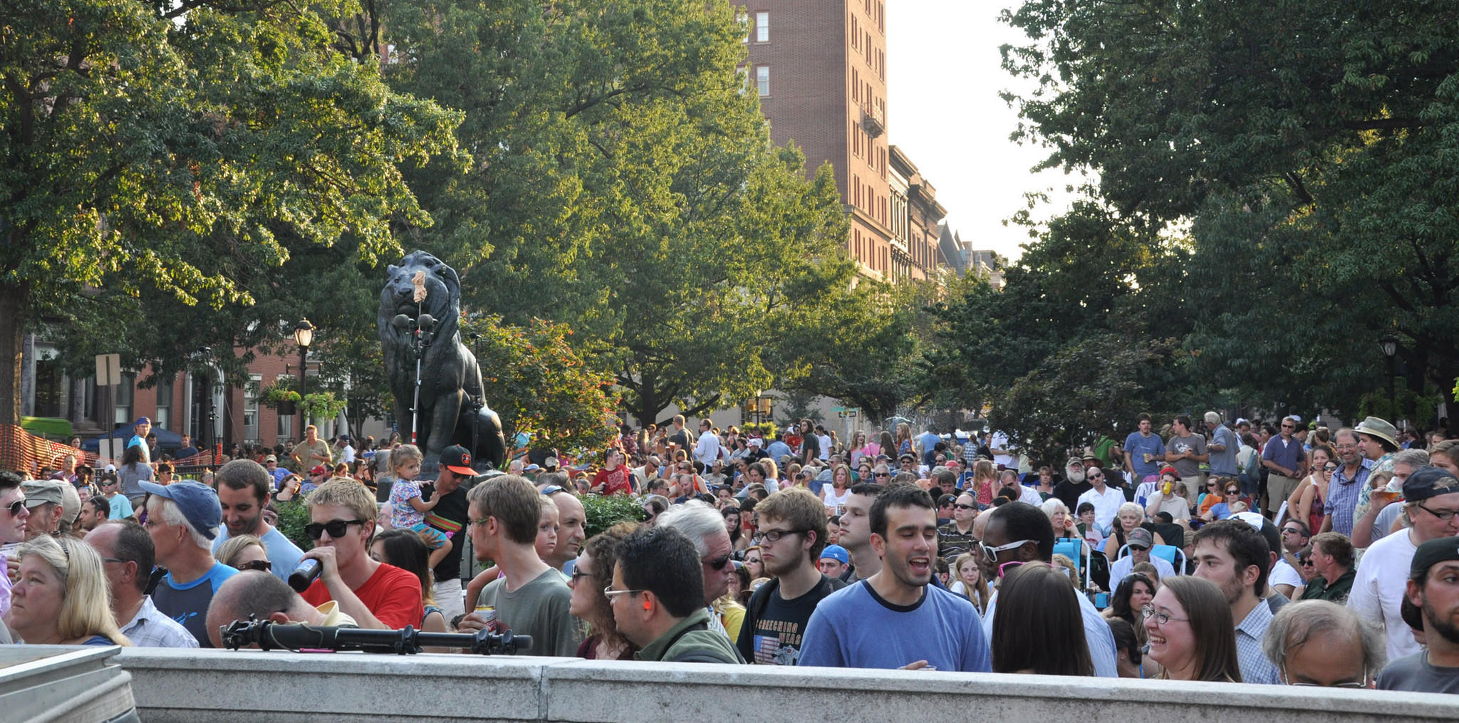 The crowd at WTMD's First Thursdays Concerts in the Park last year.