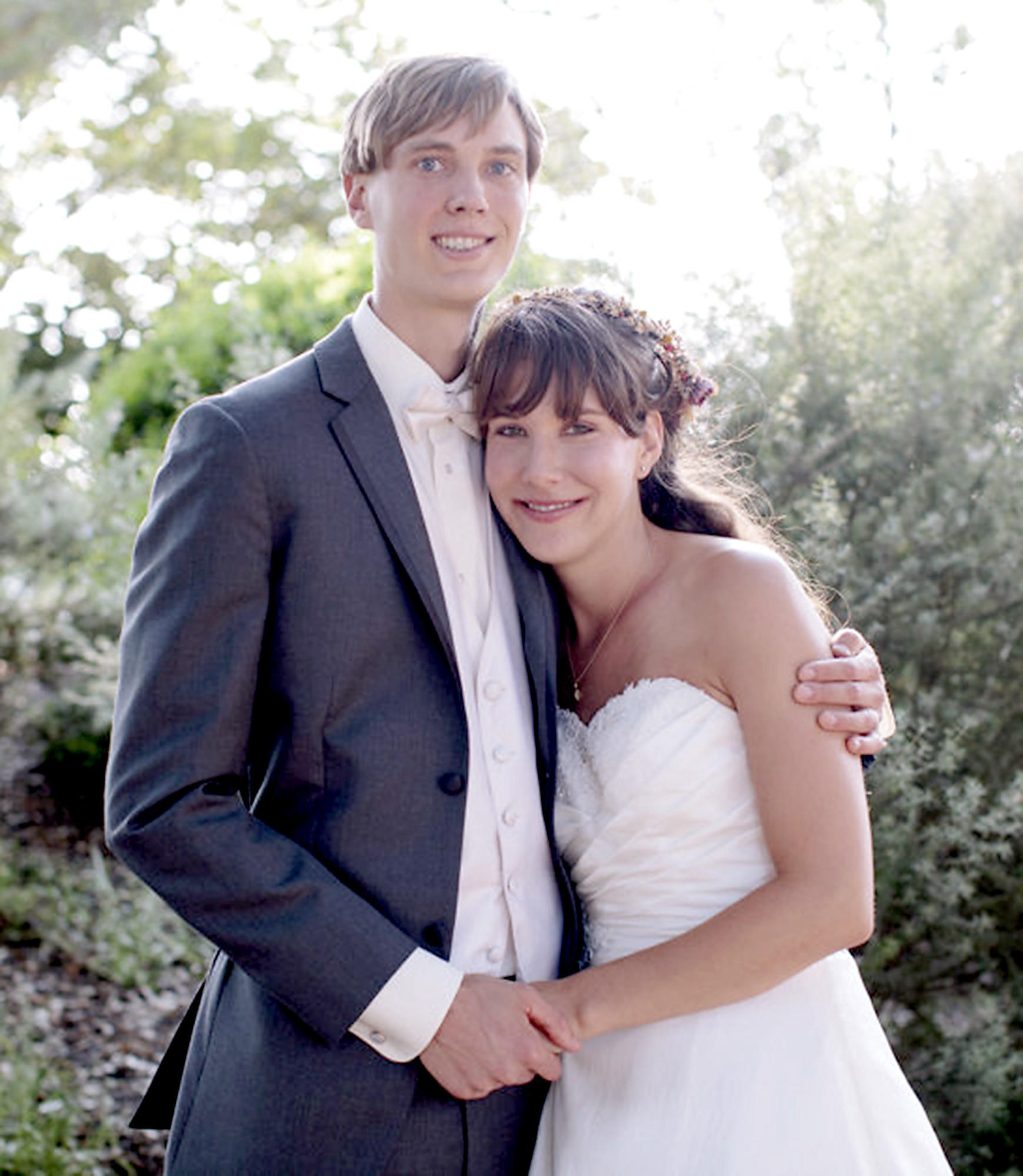 Charles Eben Drost and Megann Elsie Pratt were married at Shoreline Community Church in Santa Barbara.