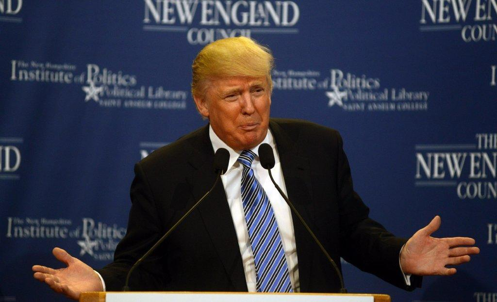 Donald Trump: Chris Christie 'one email away from a disaster'