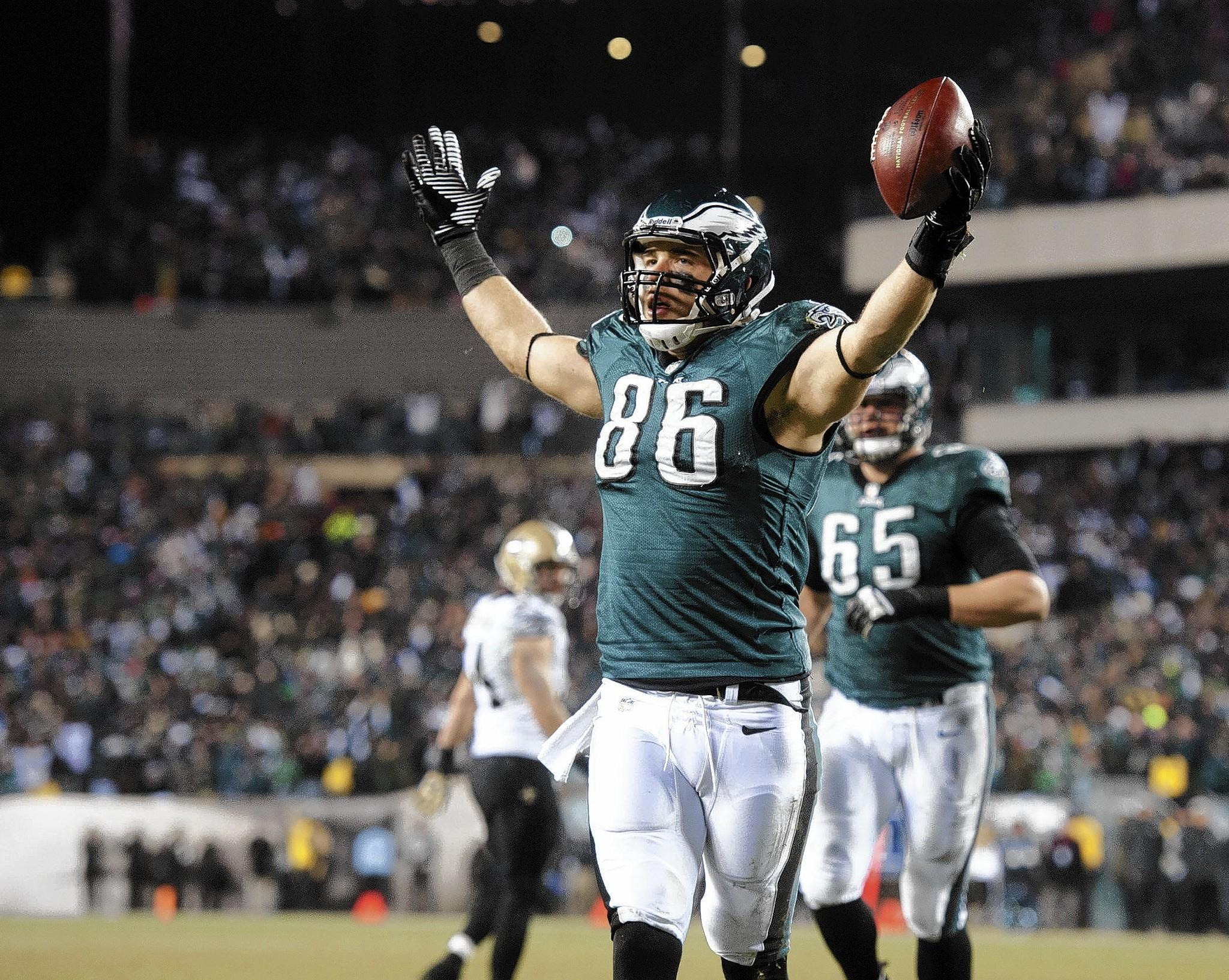 Philadelphia Eagles tight end Zach Ertz (86) celebrates a touchdown against the New Orleans Saints at Lincoln Financial Field in Philadelphia on Saturday, Janurary 4, 2014.