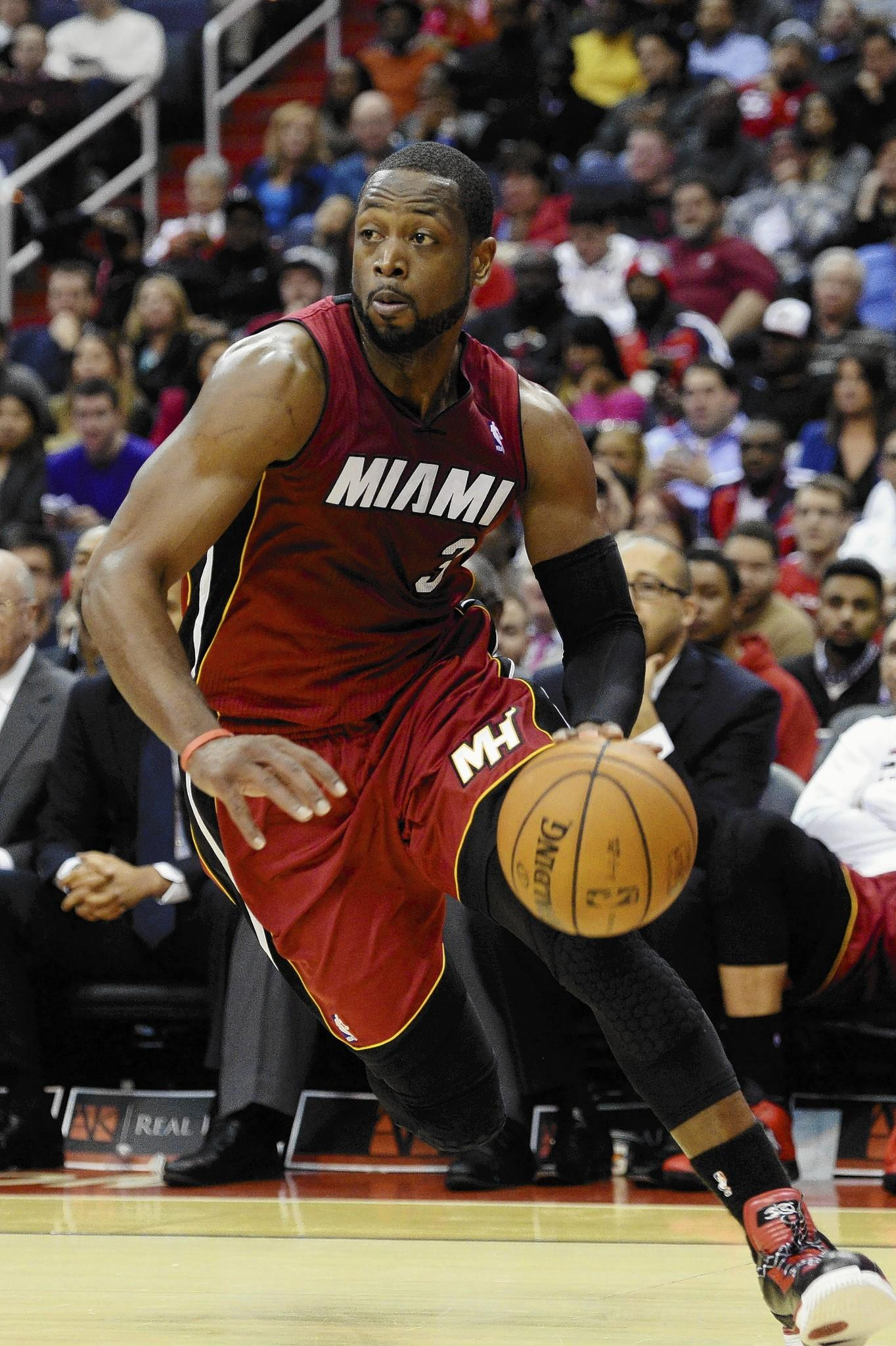 The Miami Heat's Dwyane Wade sold his River West town house for $1.66 million.