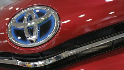 Toyota retains global sales crown but lead over GM shrinks