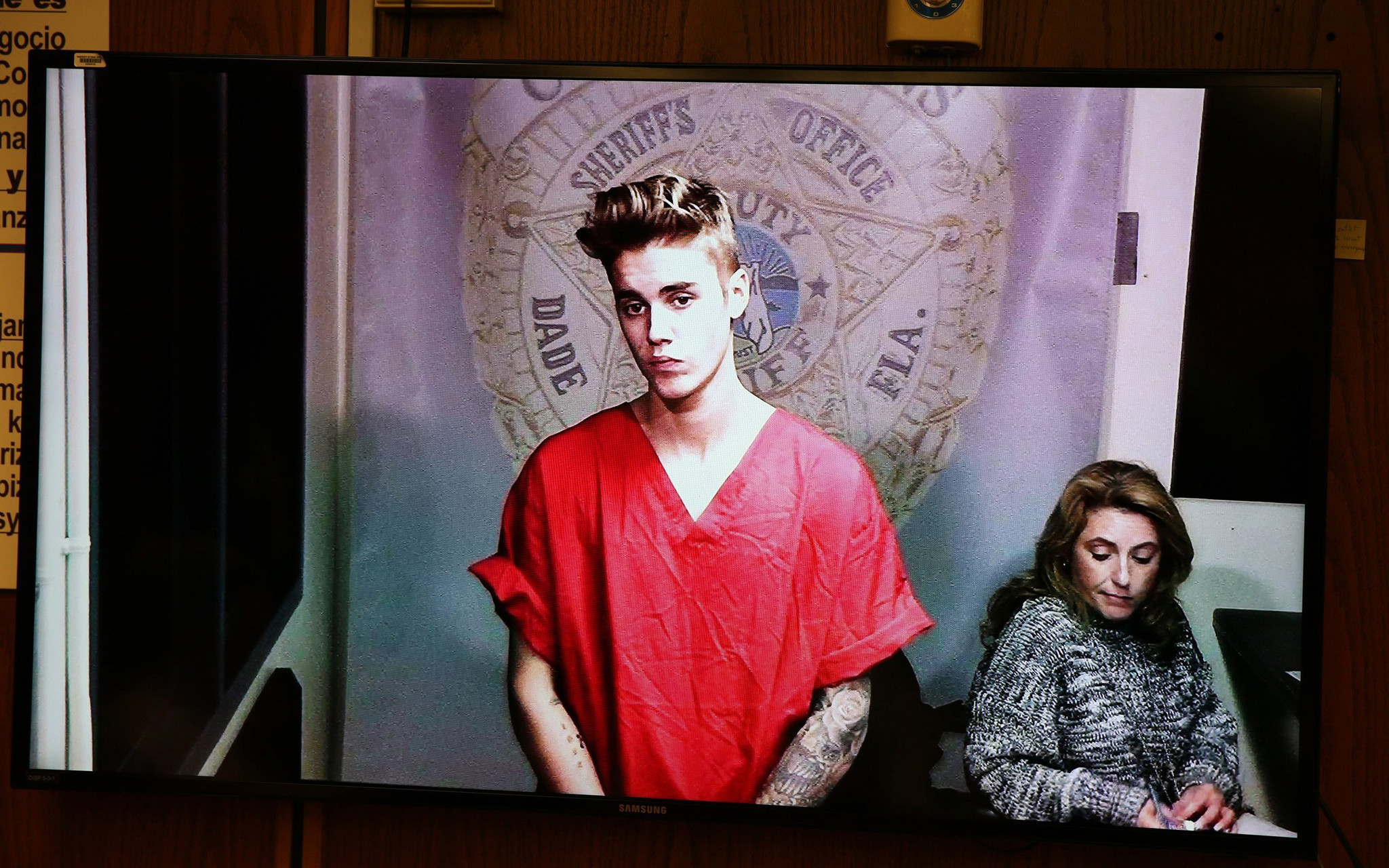 What Would It Take For Justin Bieber To Get Deported LA Times - Best reactions to justin bieber arrest