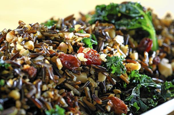 Kale and wild rice salad with raisins