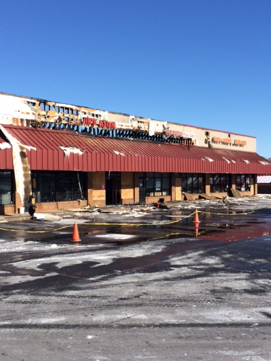 An accidental fire that started late Thursday night in the Oklahoma Center shopping center damaged several units of the Eldersburg strip mall.