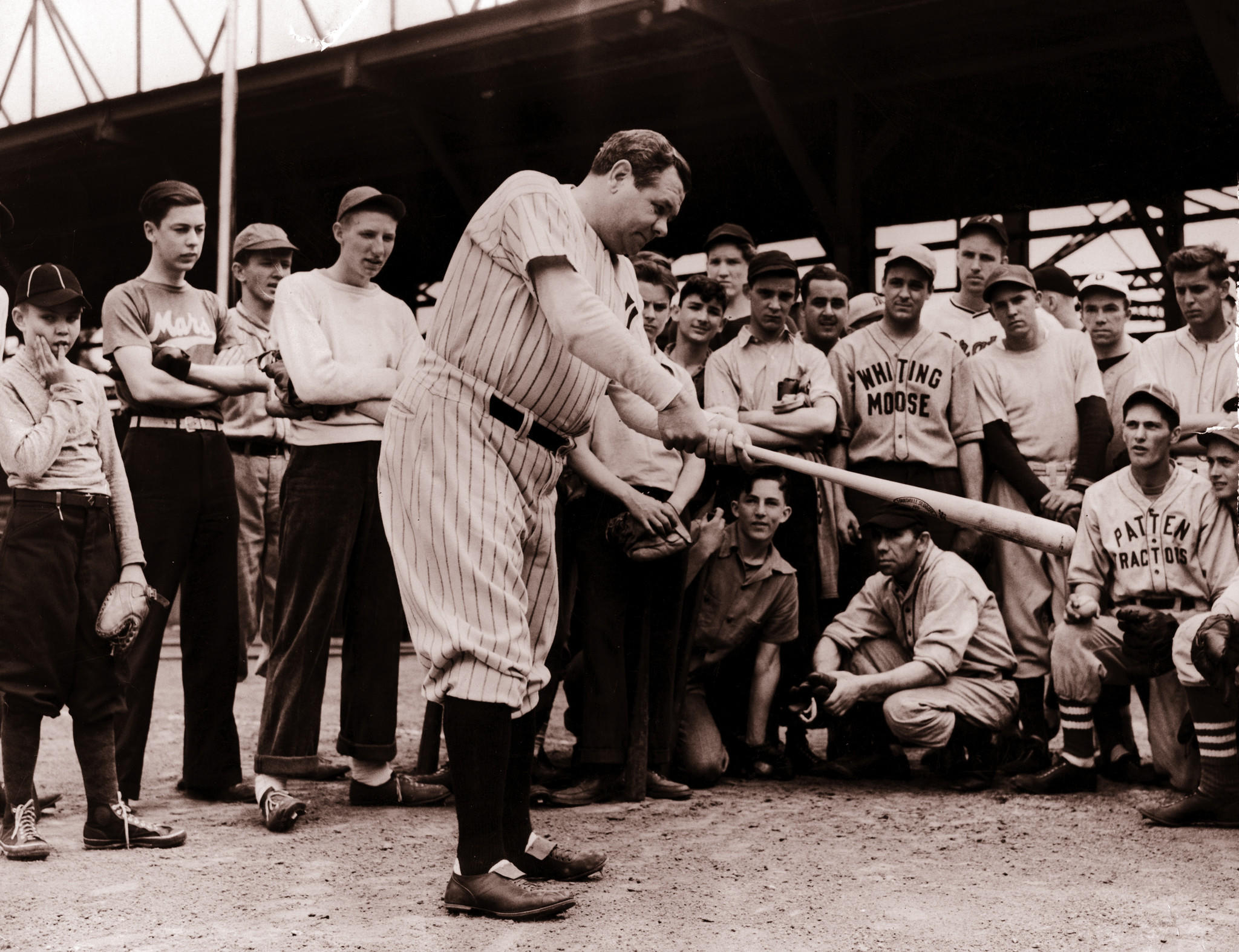 Babe Ruth visted Mills Stadium in Chicago to give youngsters lessons on hitting in June 1940.