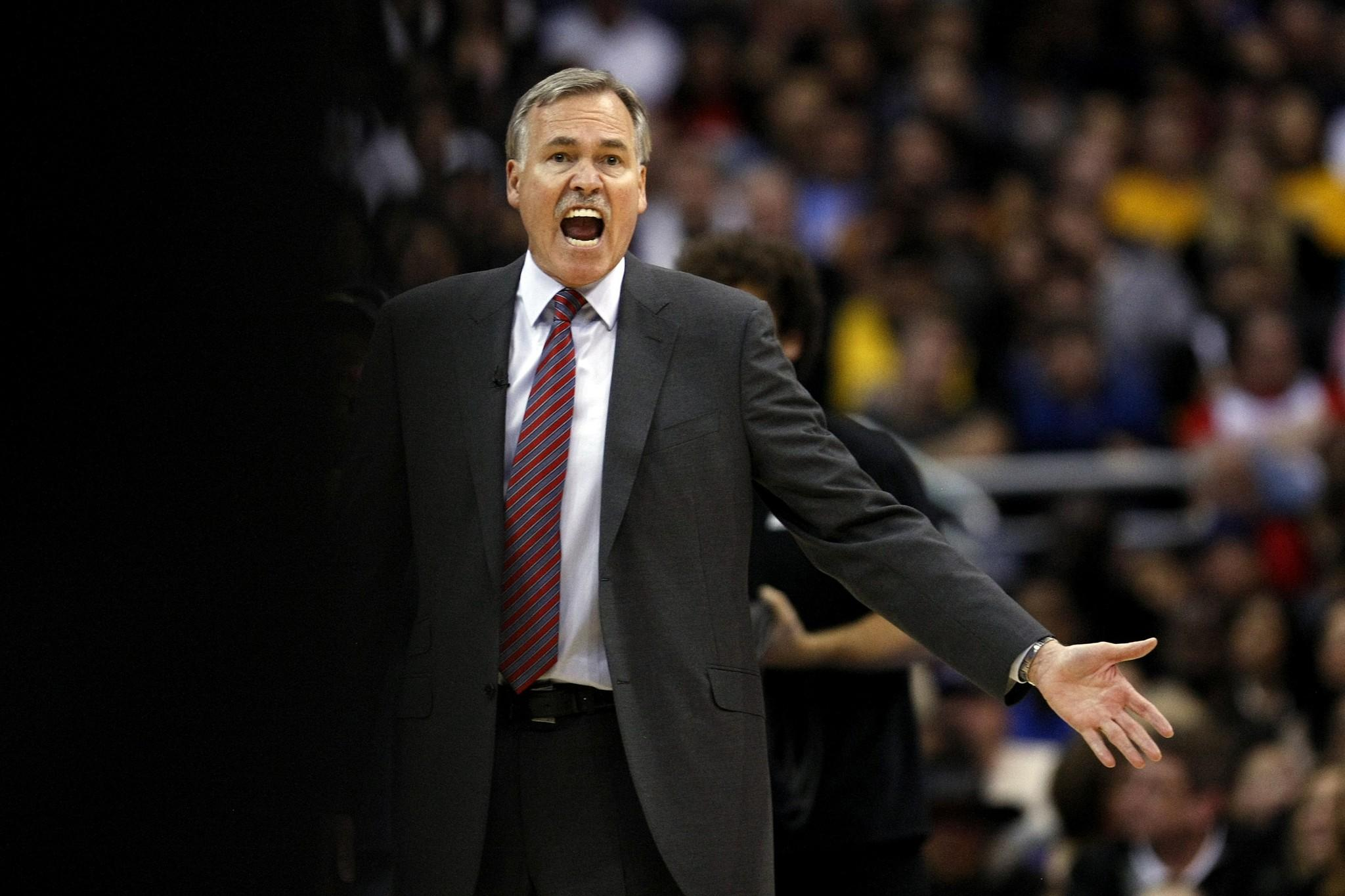 Lakers Coach Mike D'Antoni yells out instructions to his team during the Lakers' 123-87 loss to the Clippers on Jan. 10.
