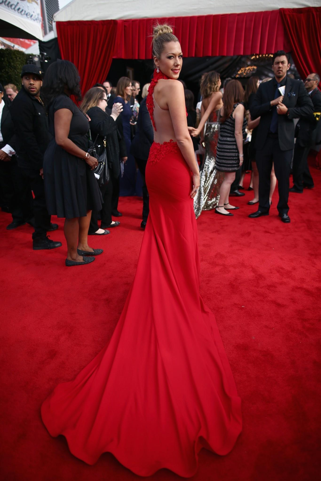 How To Get Colbie Caillats Grammys Hairstyle Latimes