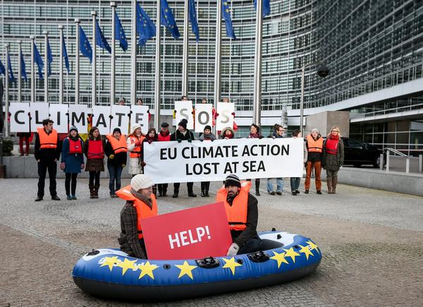 'SOS! EU CLIMATE ACTION LOST AT SEA'