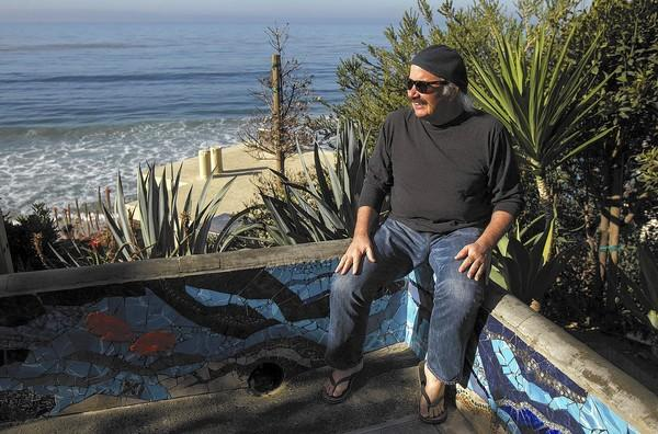 Toulouse Engelhardt, an acoustic guitarist who has played with the Byrds and others, lives in Laguna Beach.