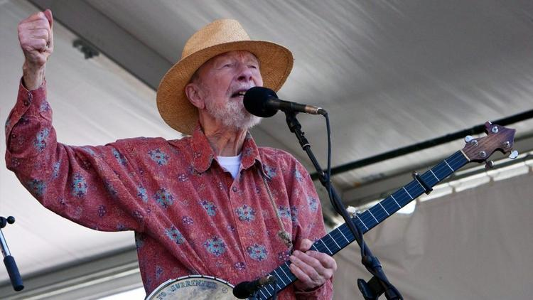 Famed folk singer Pete Seeger dies at 94