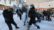 Ukraine parliament offers protesters conditional amnesty