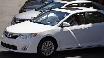 Seat issue halts sales of Toyota Camry, Corolla, Sienna models
