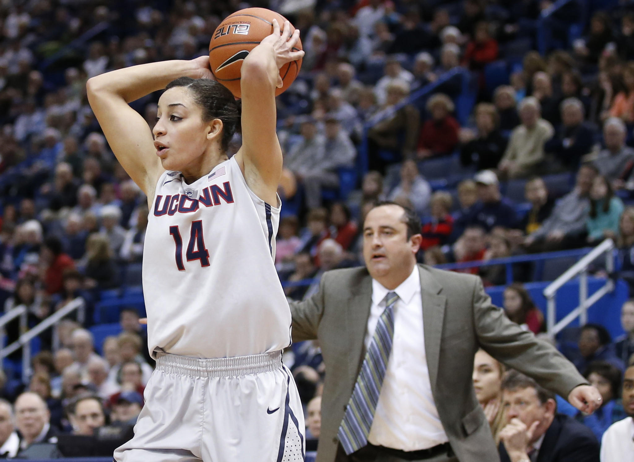 Jan 26, 2014; Hartford, CT, USA; Connecticut Huskies guard Bria Hartley (14) looks to pass the ball against the South Florida Bulls in the first half at XL Center. Mandatory Credit: David Butler II-USA TODAY Sports ORG XMIT: USATSI-160398