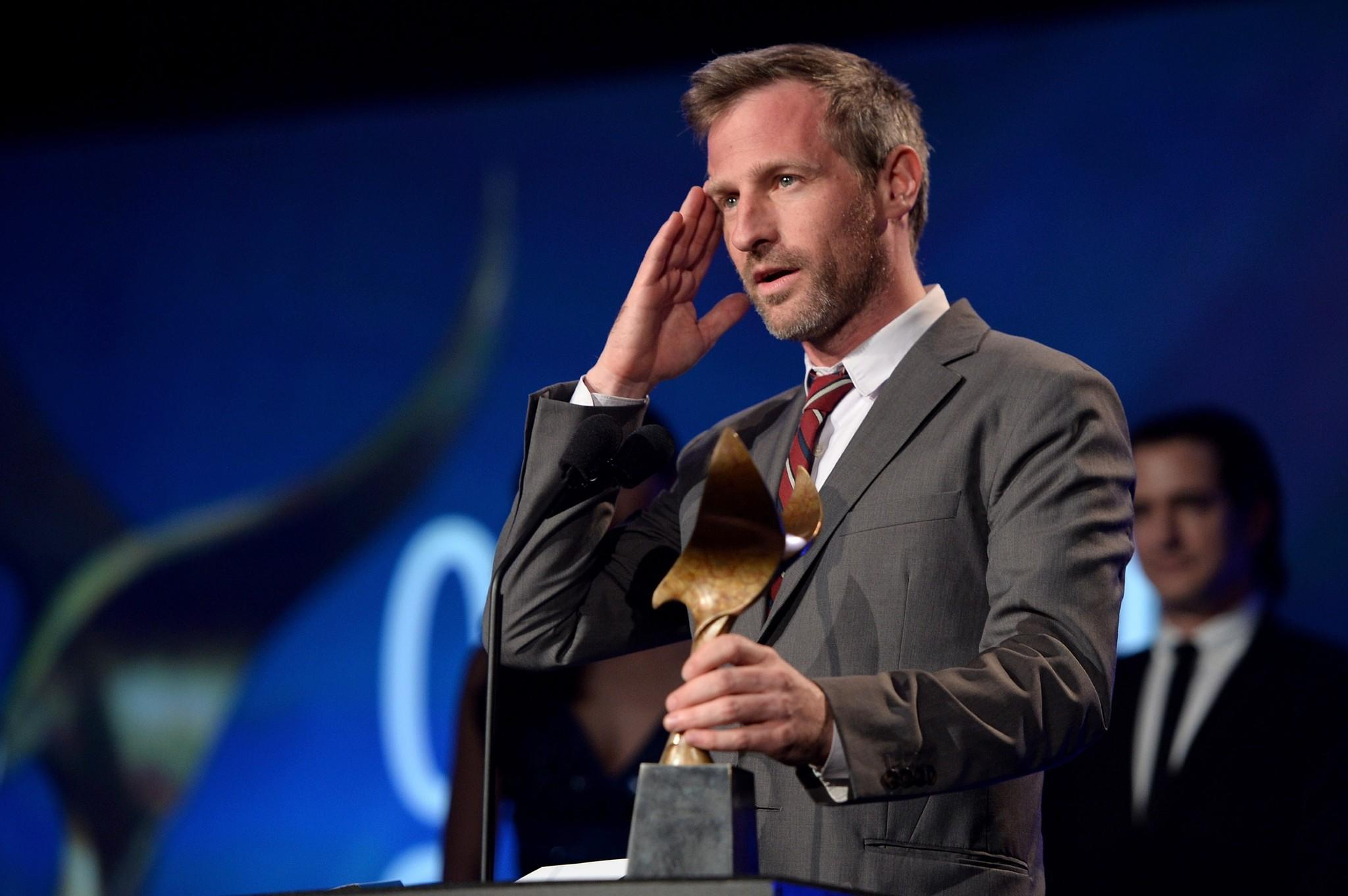 her captain phillips win top writers guild film awards latimes spike jonze accepts the award for original screenplay for her at the writers guild