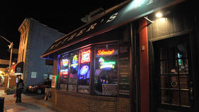 Workers at Mother's sports bar robbed at gunpoint