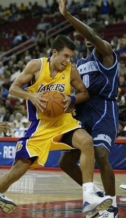 Sasha Vujacic, Ronnie Brewer