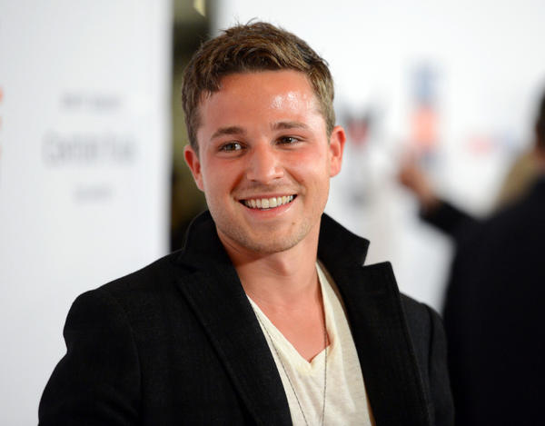 Shawn Pyfrom of 'Desperate Housewives' admits addiction