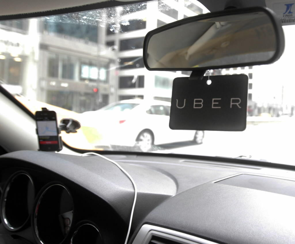 Rideshare companies such as uberX rely on drivers in private vehicles. Photographed Jan.31, 2014 (Phil Velasquez / Chicago Tribune)