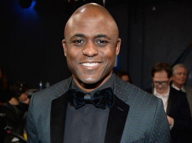 Wayne Brady, shown here at The 40th Annual People's Choice Awards in January, will perform Feb. 28 in Chicago.