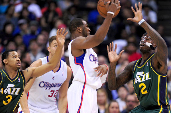 The Clippers might have point guard Chris Paul, shown running a pick-and-roll against the Jazz, back in the lineup by this weekend.