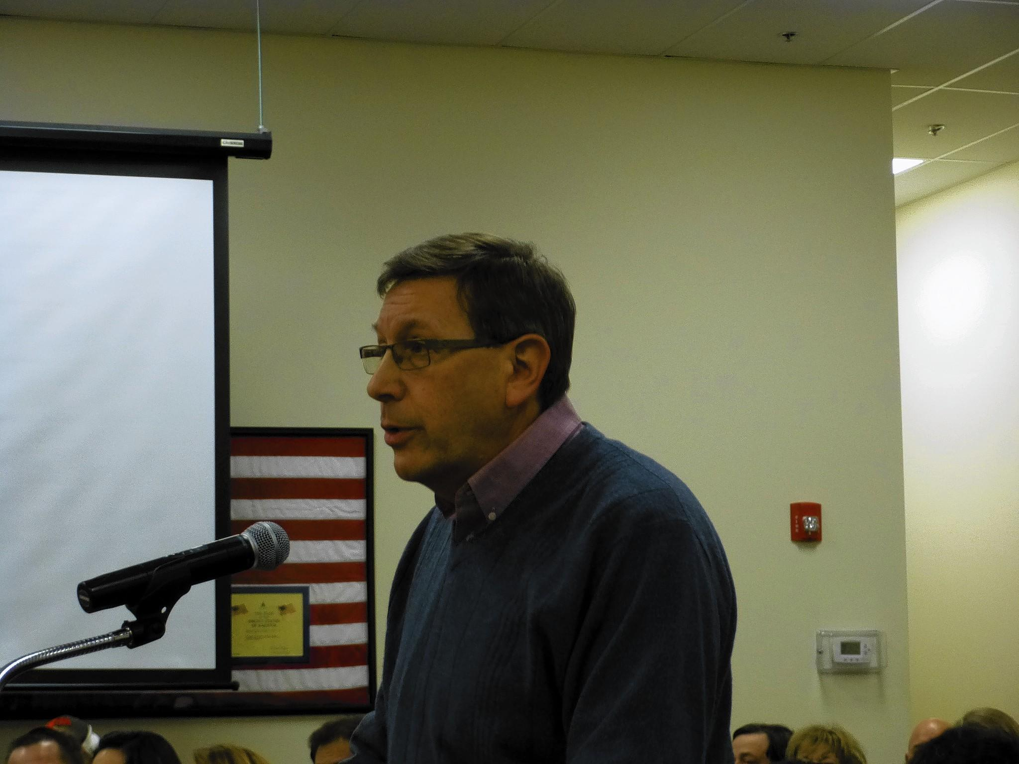 Mike Sieling of Trinity Services advocates for the proposed group home in Homer Glen.