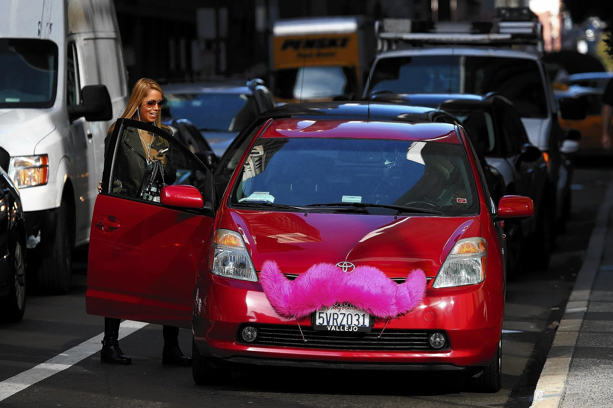 California regulator warns about gaps in ride sharing insurance