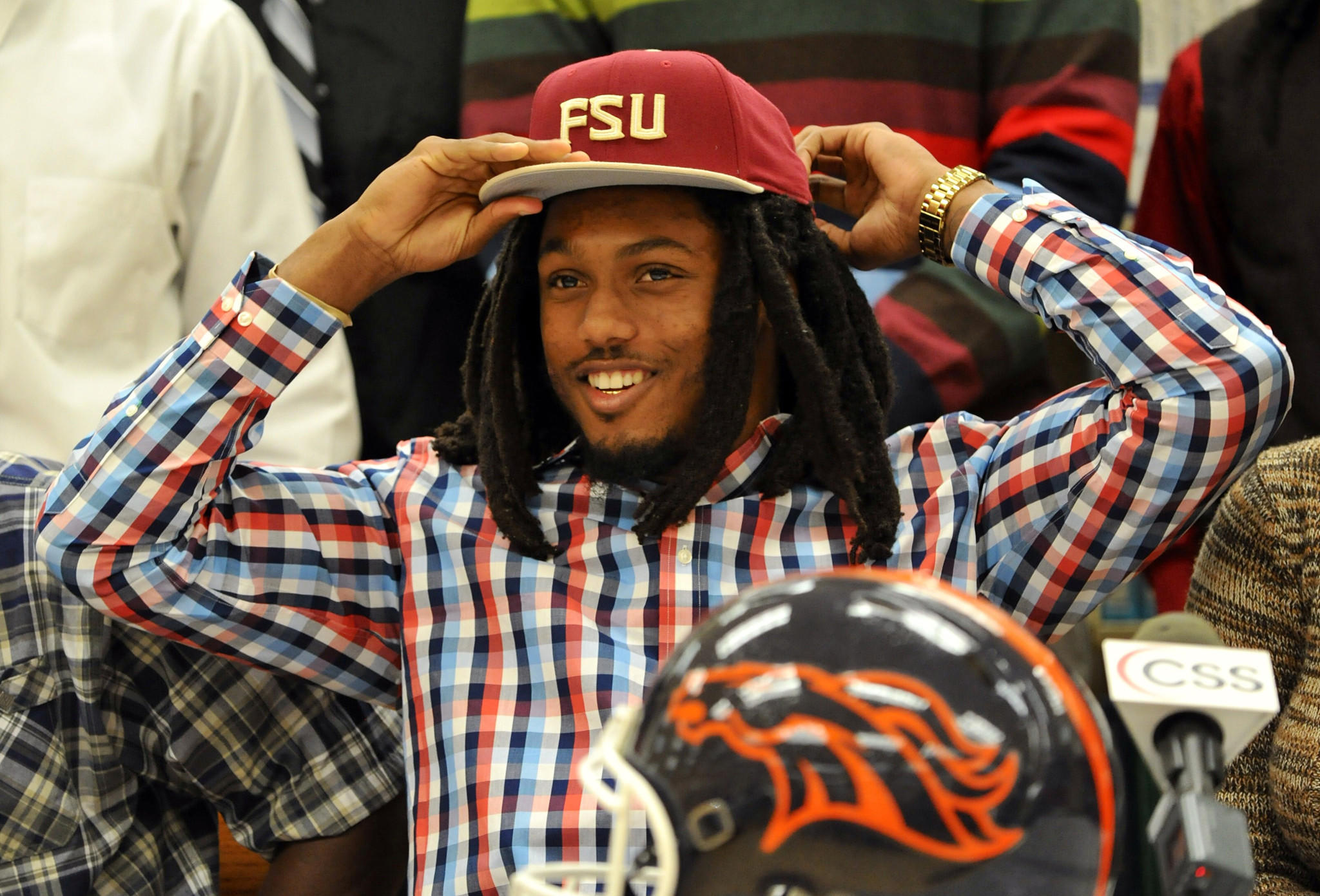 Homestead (Fla.) senior high school wide receiver Ermon Lane signs with Florida State.